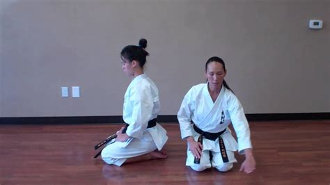 How To Sit and Bow In Seiza - Busonjuku USA - YouTube