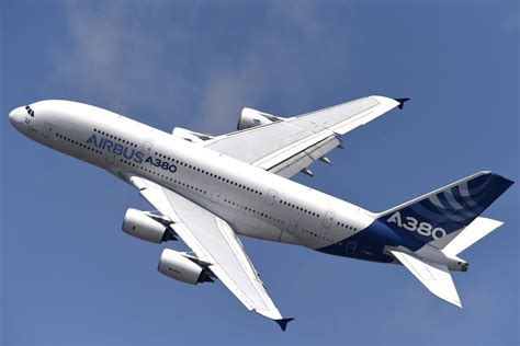 Airbus A380 superjet to cram in more economy passengers