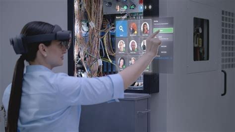 Introducing Dynamics 365 Remote Assist for HoloLens 2 and