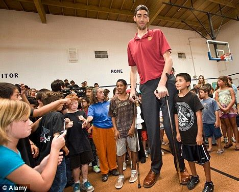 The Tallest Man And Woman Ever In The World (photos And
