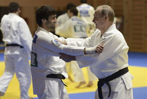 Vladimir Putin gets tough in judo contest- watch out ISIS