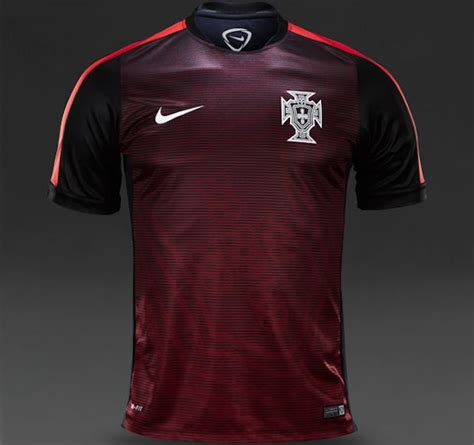 PORTUGAL ET PAYS-BAS : MAILLOTS PRE-MATCH 2015 - www