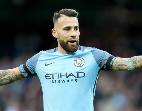 Premier League stats: Most touches in 2016/17 | Sport