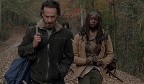 12 Times The Walking Dead Set Up Rick And Michonne's