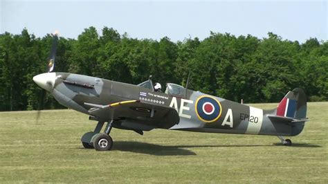 Spitfire Mk Vb LF Full HD de Sir Stephen GREY Meeting de